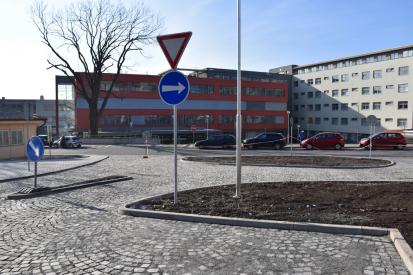 Zákaz návštěv ve zdravotnických zařízeních s lůžkovou péčí