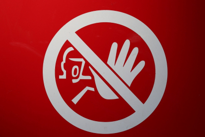 Zákaz návštěv v nemocnici